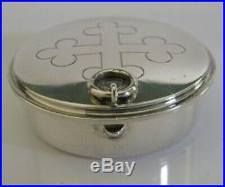 Beautiful English Sterling Silver Pyx Wafer Box Religious 1955